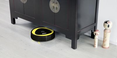 Kärcher Saugroboter RC 3 - Reinigung unter Möbeln